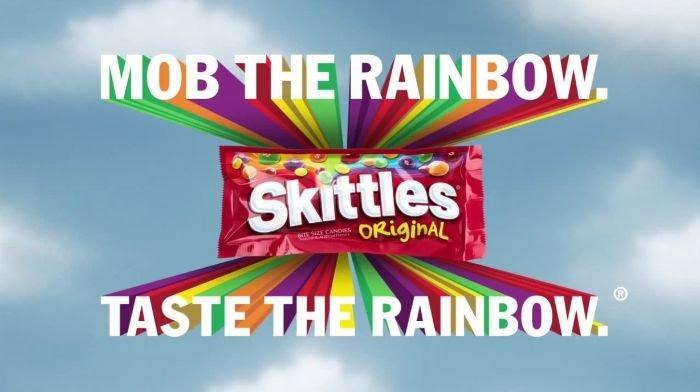 Campañas de marketing de Skittles como prueba de su uso de una guía de estilo editorial